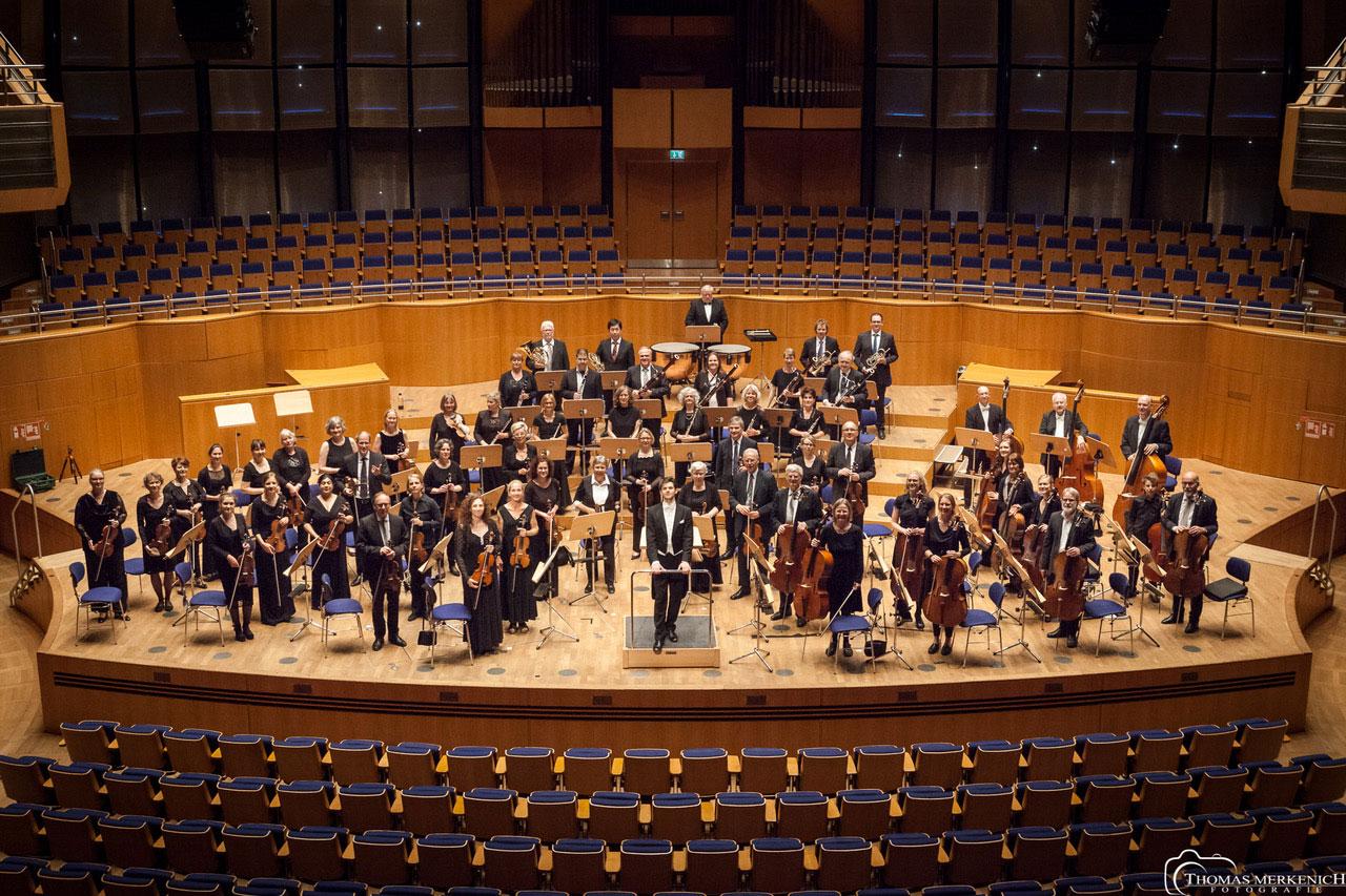 Sinfonie-Orchester-Schauplatz-LangenfelduZ7ds8gKjckRV