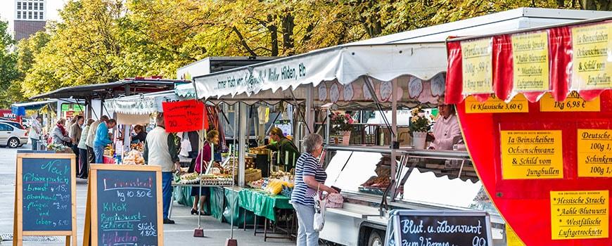 Frische Produkte aus der Heimat auf dem Wochenmarkt