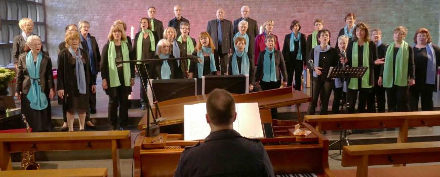 Mit göttlichen Liedern für ein Anti-Gewalt-Programm singen