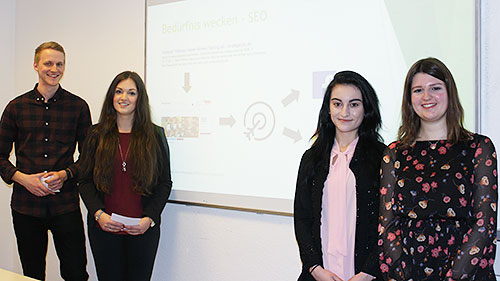 Online-Marketing_IUBH_Studenten-35a7ad971a8e63
