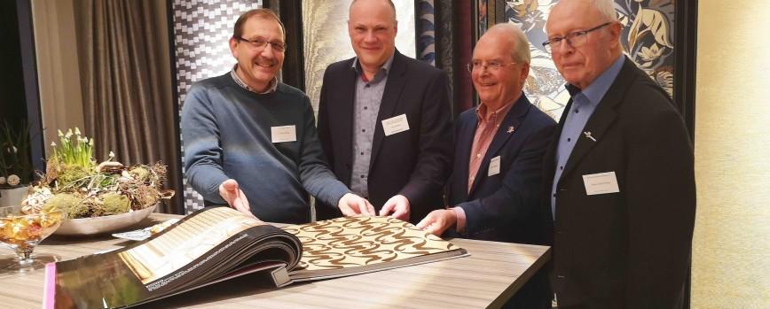 Maler Doege: Leidenschaft für Tapeten