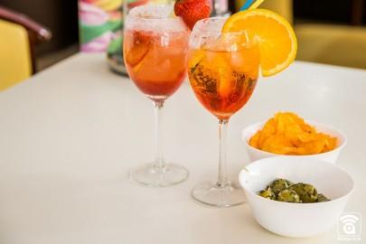 Leckere Cocktalls genießen im Cafe Primavera in Monheim