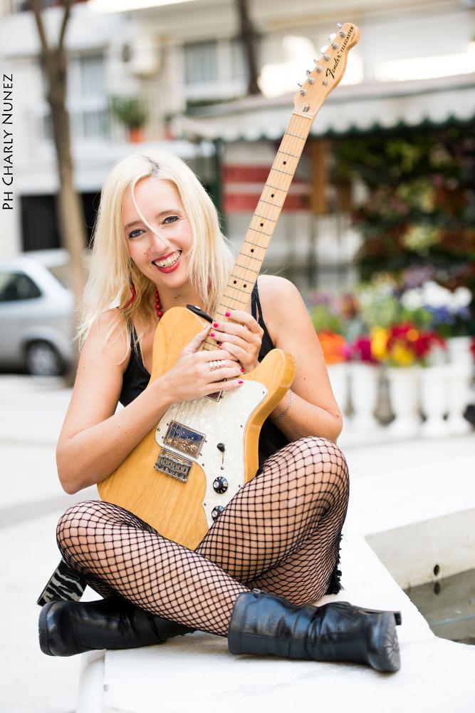 Vanessa-Harbek-Go-Music-Rockin-Rooster-Club-Haan