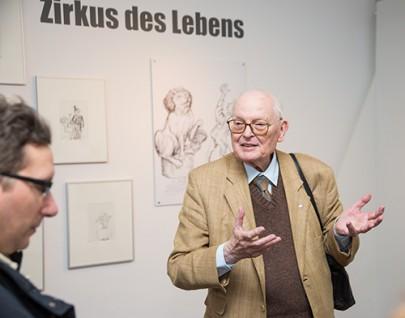Joachim Klinger erklärt seine Werke