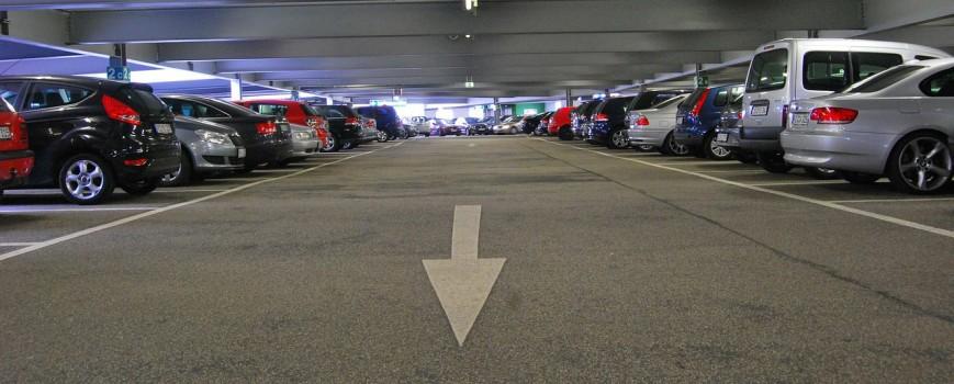 Wo kann ich in Hilden parken?