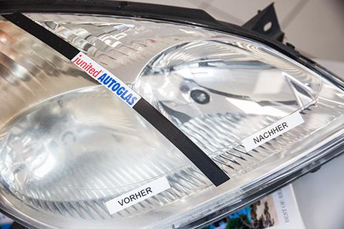 junited-Autoglas-Scheinwerfer