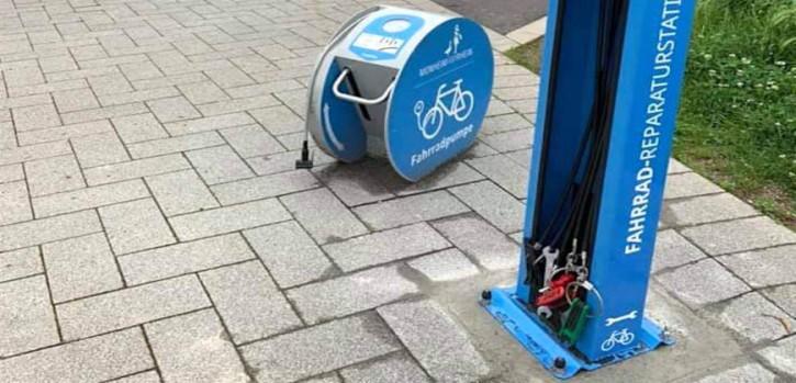 Fahrradfreundliche Stadt erhält Reparaturstationen