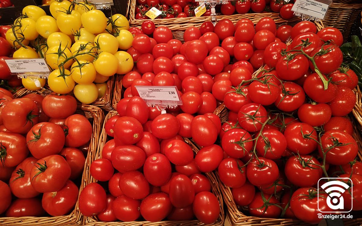 Selgros-Hilden-Obst-Gemuese-Tomate