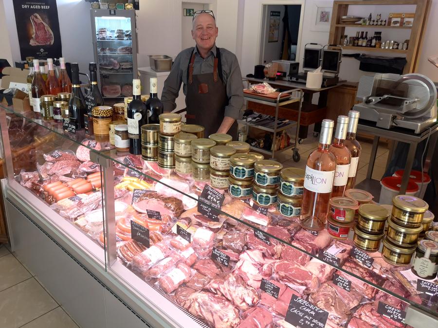 Gaumenfreude-Fleisch-Hilden-Metzger-Beef-Dry-Age-Steak-Grill