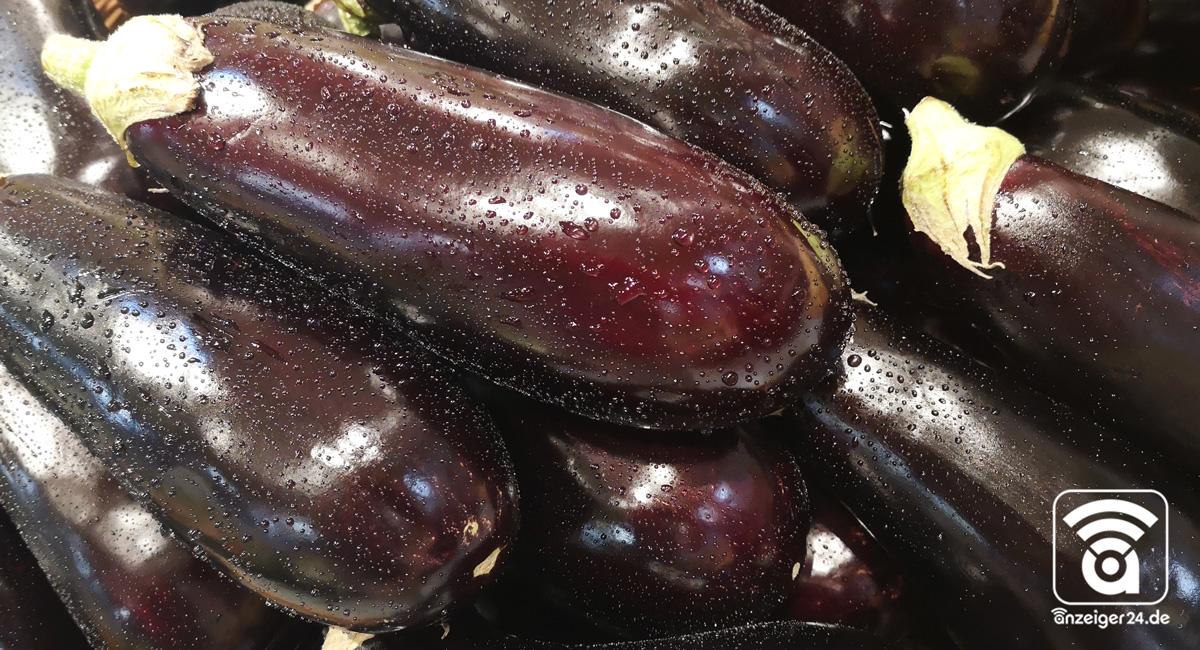 Selgros-Hilden-Obst-Gemuese-Aubergine