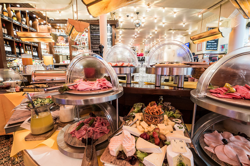 Galerie Cafe Extrablatt Hilden In Hilden