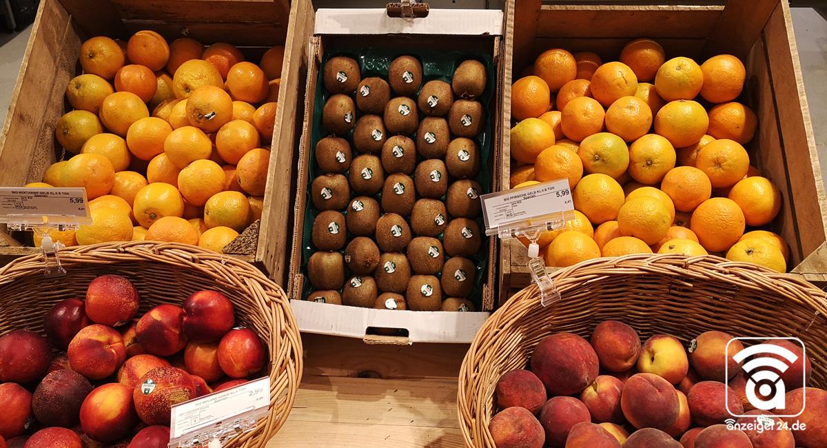 Selgros-Hilden-Obst-Gemuese-Orangen-Pfirsiche