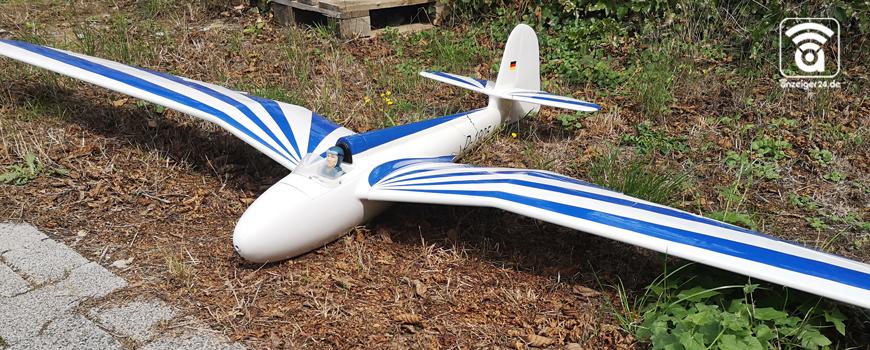 Flugplatzfest-Langenfeld-Erbsloeh-Segelflieger-Modellflugzeug