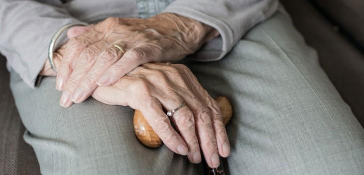 Strengere Besuchsregeln in Seniorenheimen: Neue Verfügung tritt in Kraft