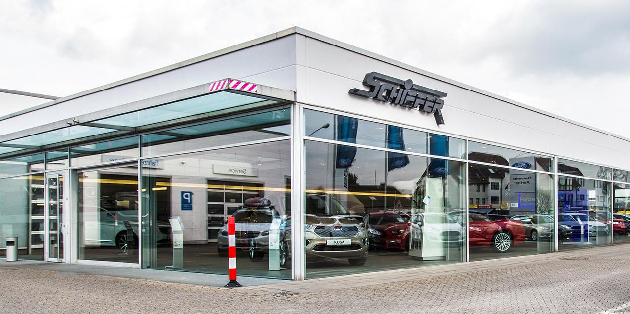 Schiefer-ford-autohaus-hilden-auf-dem-sand5bd886bddc0b0