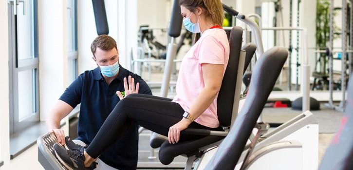 Wo kann ich Krankengymnastik am Gerät machen? PhysioNow in Hilden
