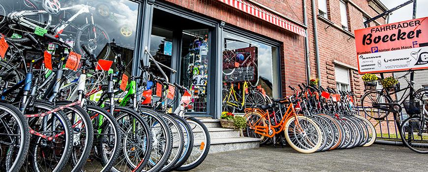 Ob Klingel oder Sattel, bei Boecker aus Dormagen findest Du ein großes Angebot an Fahrradzubehör