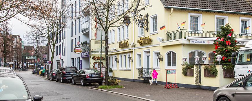 Einkaufen in Dormagen: Krefelder Straße