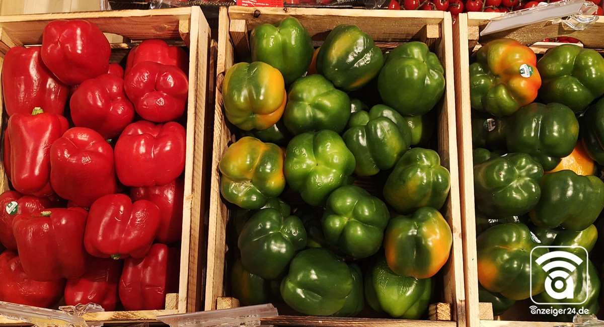 Selgros-Hilden-Obst-Gemuese-Paprika-rot-gruen