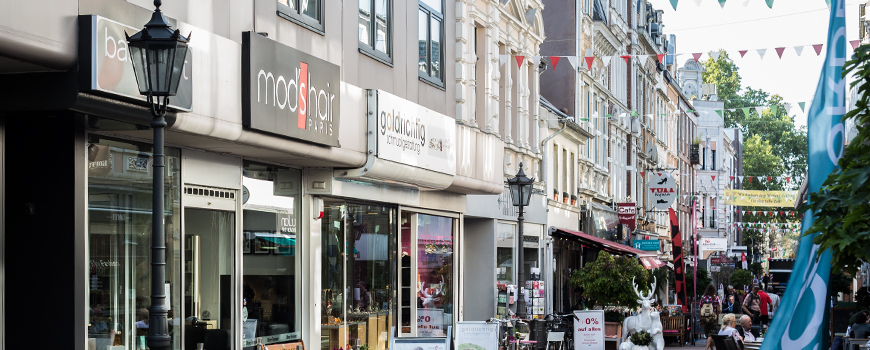Einkaufen in Neuss: Neustraße