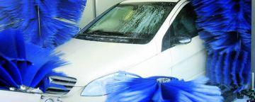 Fachverband empfiehlt alle zwei Wochen Autowäsche im Winter