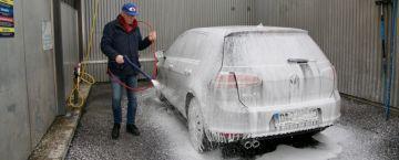 Jäckels Waschpark Rheinland: Perfekte Autopflege mit dem Powerschaum