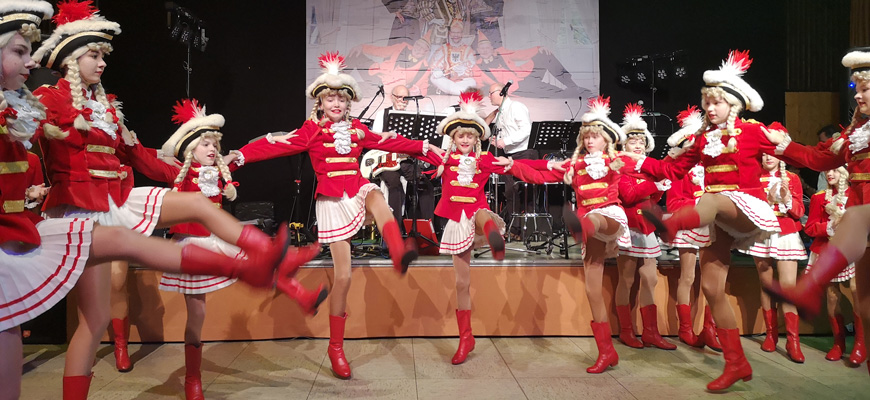 Rheinsternchen-Tanzgarde-Langenfeld-Karneval